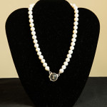 Pearl Necklace from Graffito.
