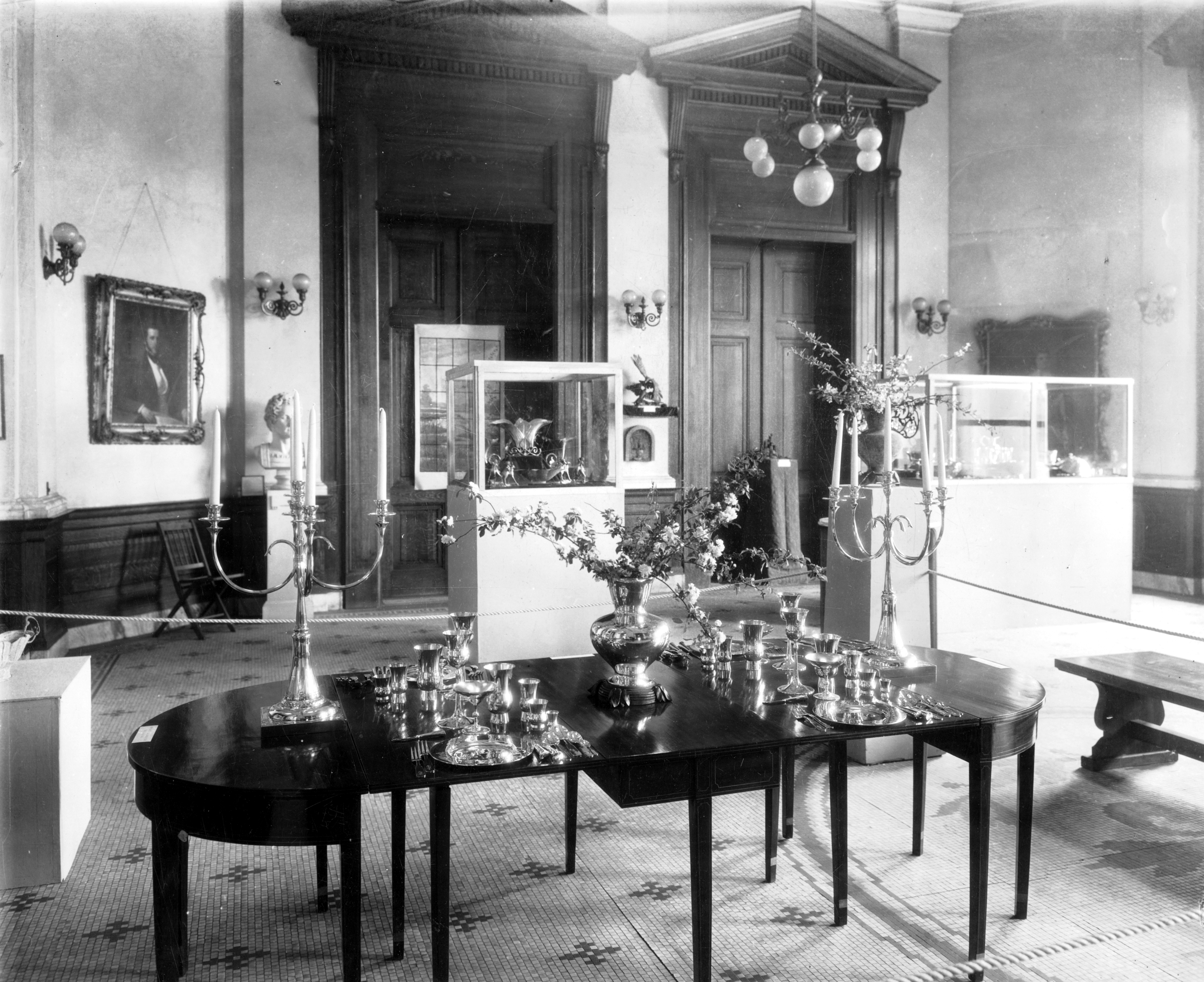 Rotunda Gallery, 1935