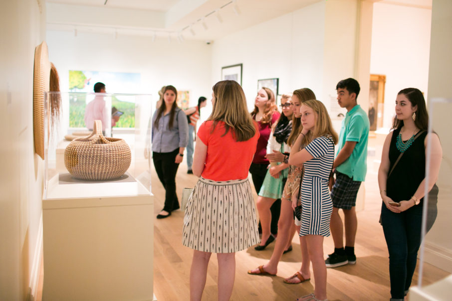 Student tours in the galleries