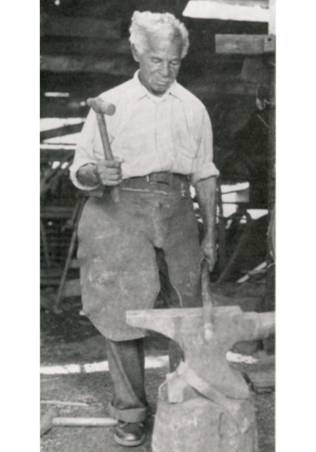 Peter Simmons, Charleston, South Carolina, ca. 1920. Charleston Blacksmith: The Work of Philip Simmons, Philip Simmons Foundation.